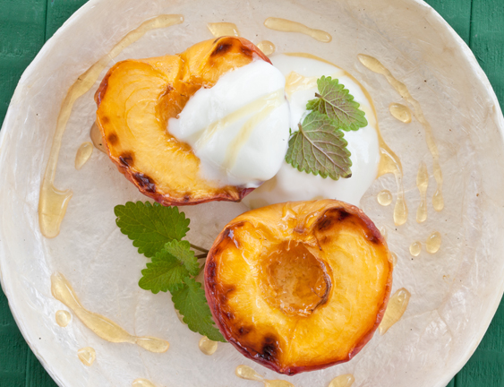 Bourbon Ice Cream with Grilled Peaches
