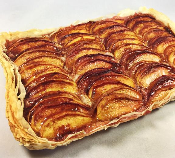 Phyllo Peach Pie